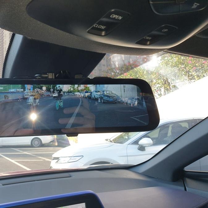 丰田CHR自己动手安装前后双录行车记录仪:70迈流媒体记录仪