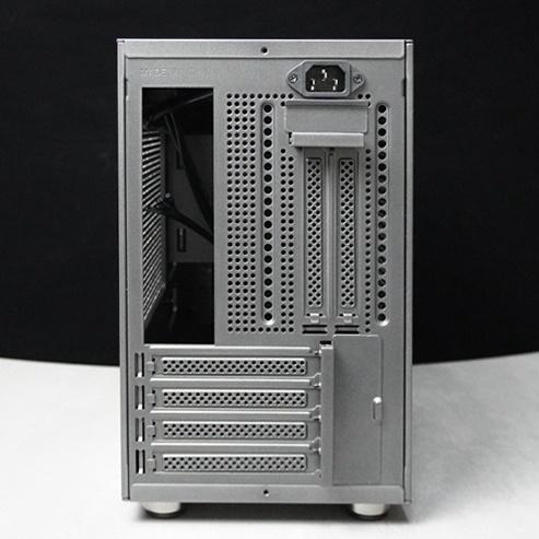 先马趣造开箱晒单以及试装244x244mm大小的标准MATX主板